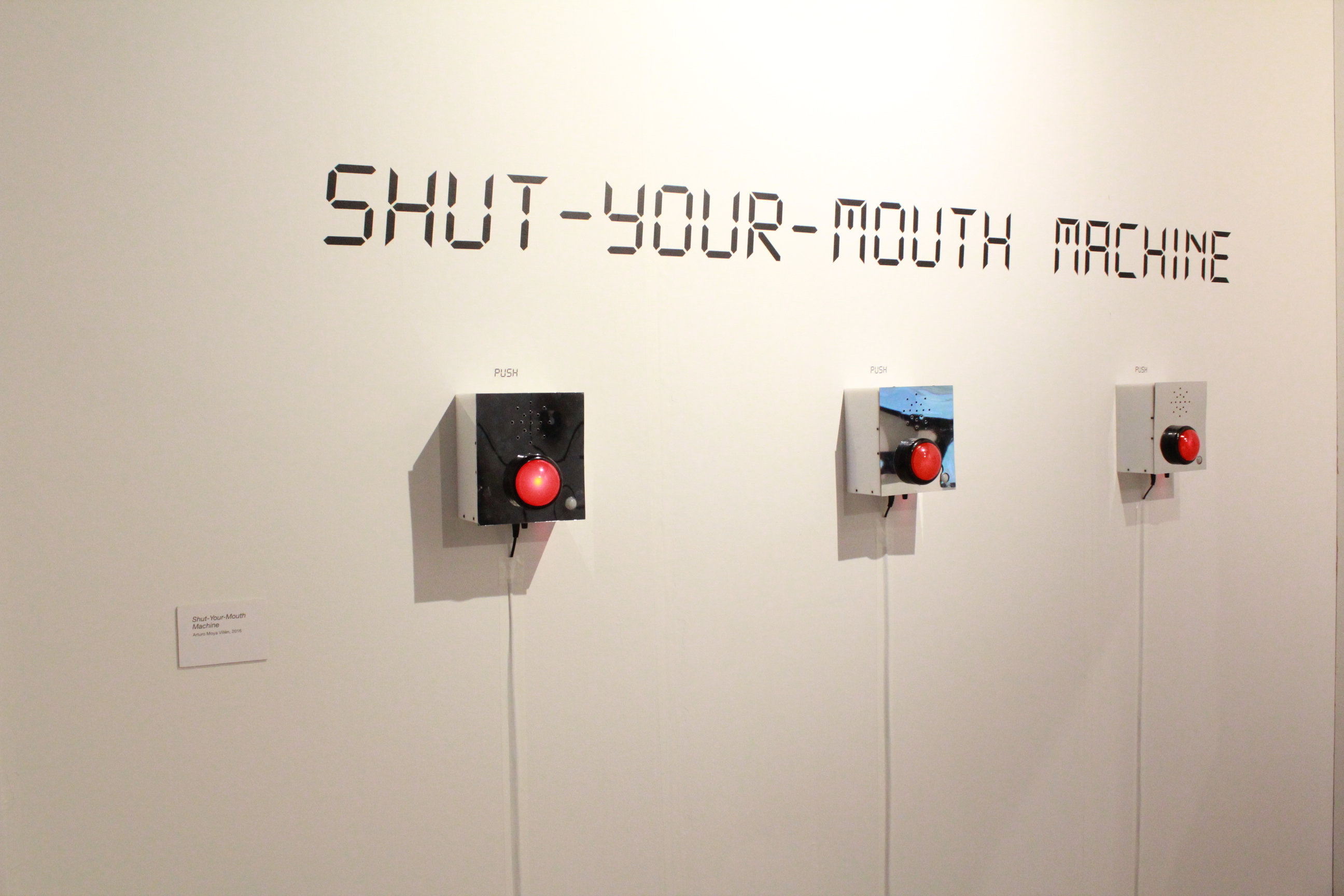 Máquina de callar / Shut-Your-Mouth Machine