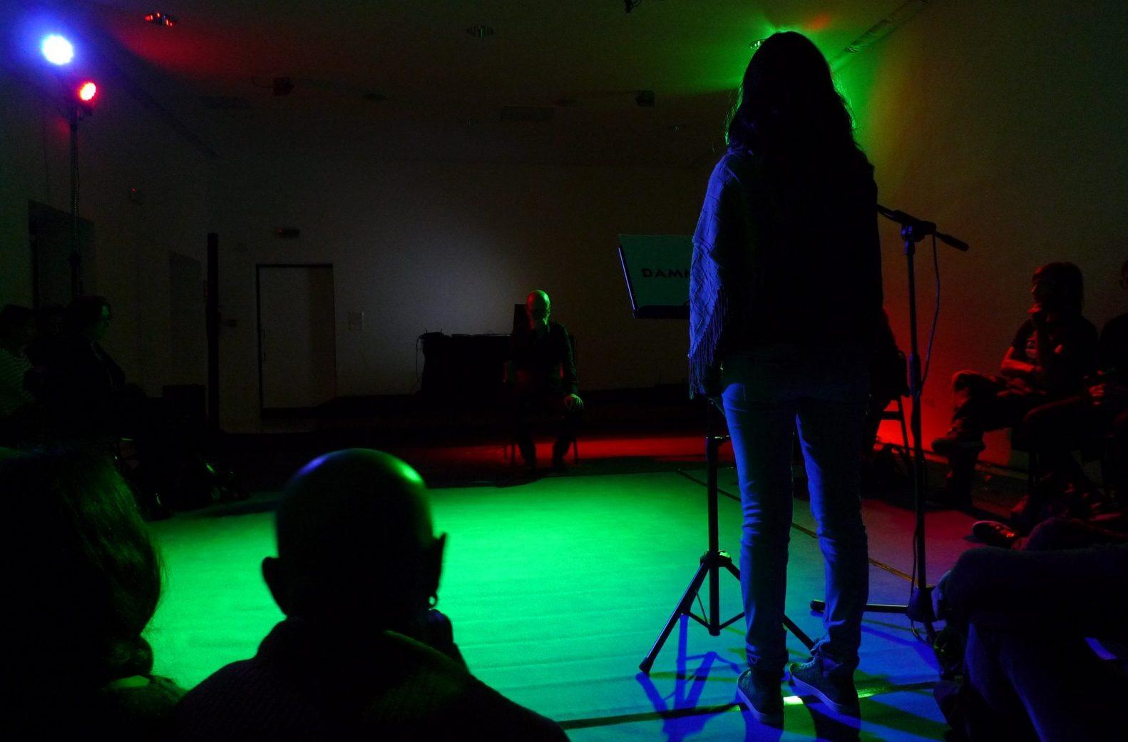 performance-dar-la-voz-negada-1