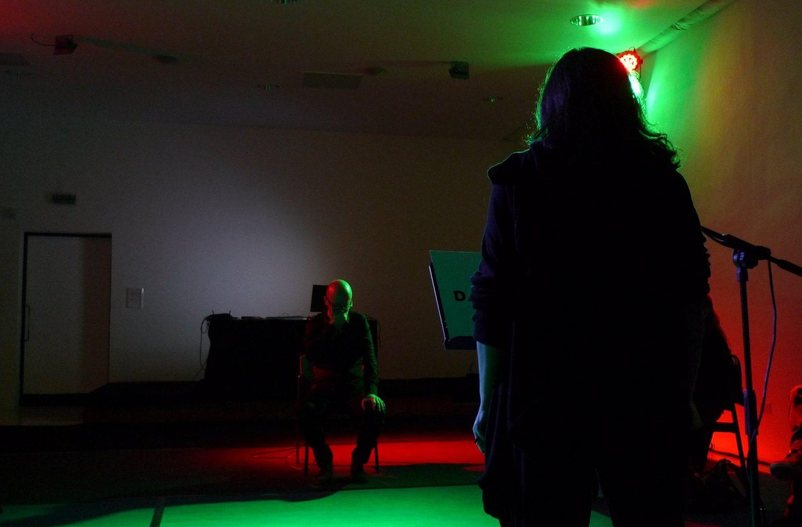 performance-dar-la-voz-negada-3