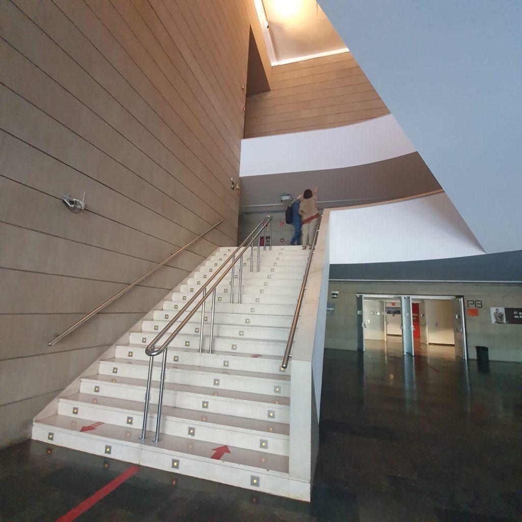 escalera IVAM