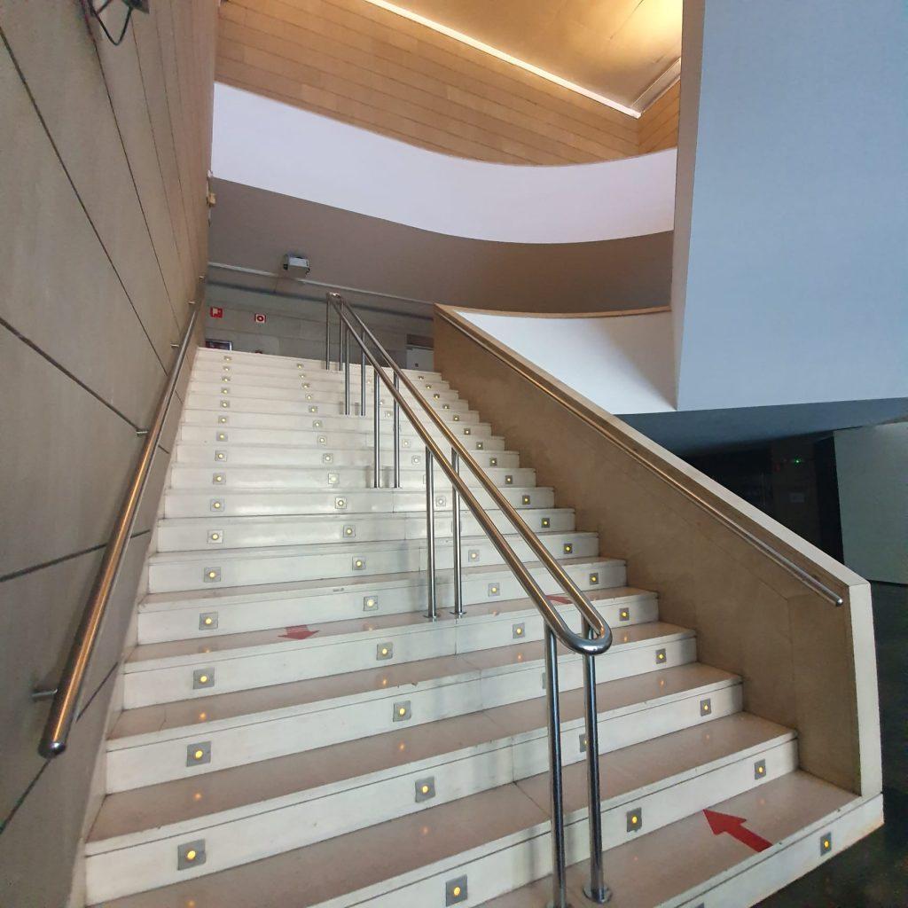 escalera IVAM previo 2