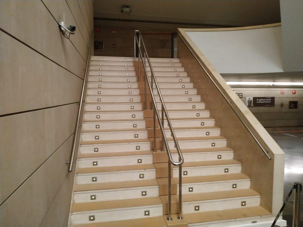 foto movil escalera IVAM 3